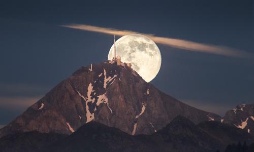 La Lune et le Pic